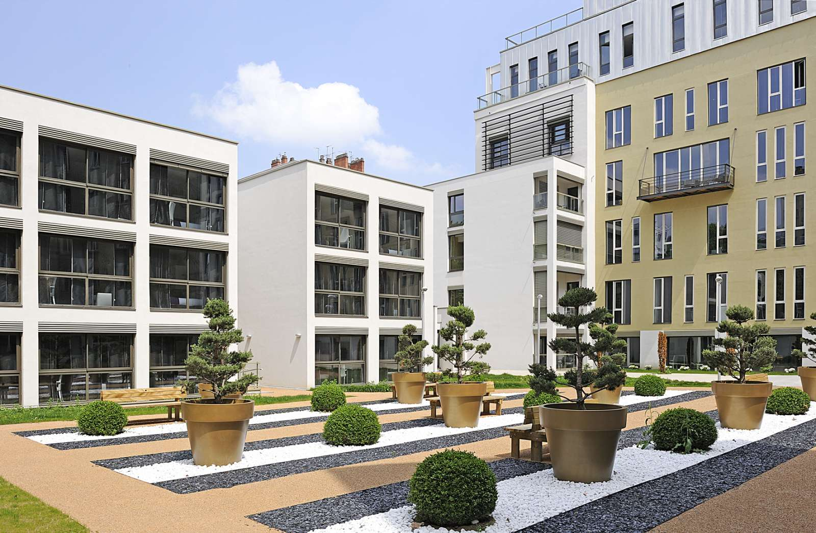 Residence apart 39 hotel lyon lumiere holiday accommodation for Aparthotel lyon